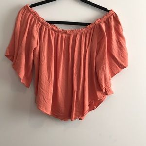 Gianni Bini off the shoulder float crop top